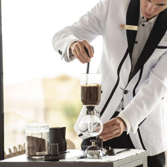 Café en el Restaurante Donaire